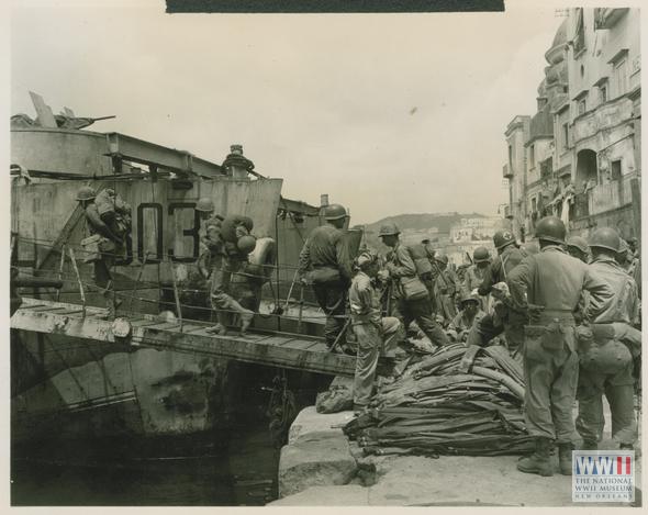 Pozzuoli Italy  city photo : troops board landing craft during training exercise in Pozzuoli, Italy ...
